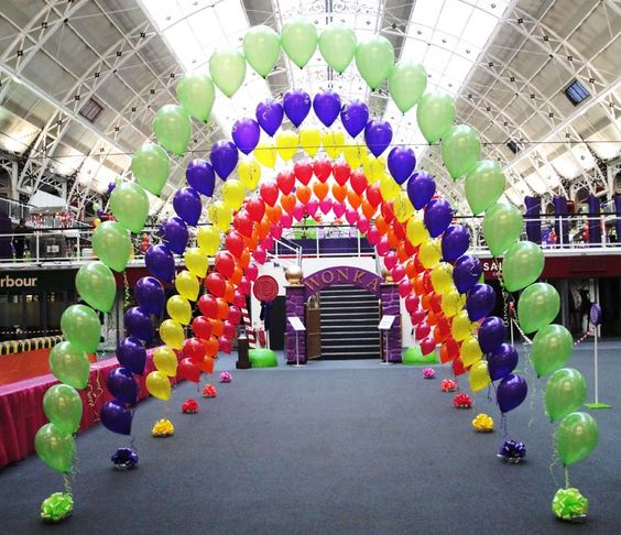 Balloons of london corporate balloon company specialise for Balloon decoration london