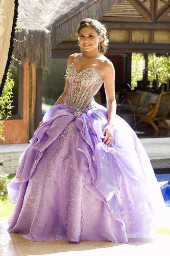 Purple Quinceanera Dresses | White Lace Corset | Vestidos de Quinceanera | Rustic Quinceanera fashion | White and Purple Dress ideas  #quinceanera #sweet15
