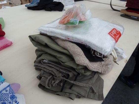 Un kit #abitinelcuore, prima di essere confezionato! Aiuterà una delle oltre 1.620 donne che vivono in condizioni di estremo disagio, senzatetto o ospiti in centri di accoglienza.