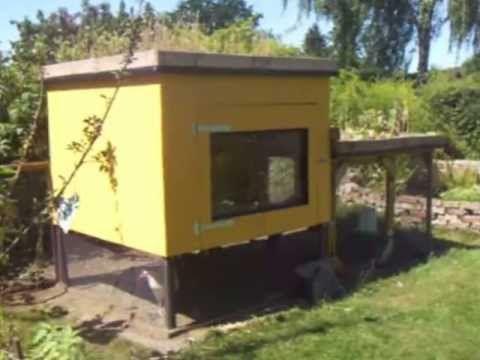 Hühnerstall im Garten selbst gebaut