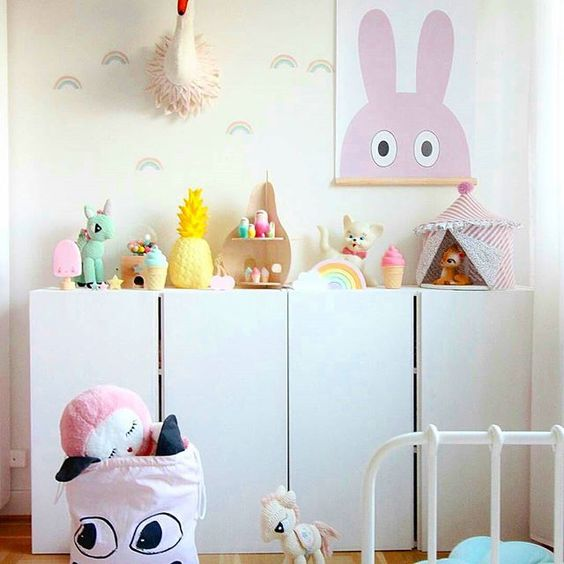 Lovely #kidsroominterior by the Lovely Sophie @kidsdesignlife ❤👆with lots of cute #alittlelovelycompany 😊 #minifigures &#kidsroomdecor #kinderzimmer #nurserydecor #kawaii #pastellove #eclectickidsroominterior #homedecor: