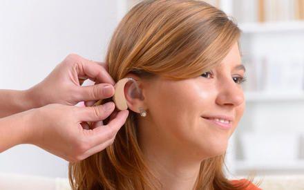 Почему ухудшается слух у молодых? | 24инфо.рф