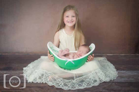 Belly Bowl - Abgeformt und gestaltet in meinem Atelier in 85092 Kösching. Mehr Fotos unter http://www.moments-kreativatelier.de/k%C3%B6rperabformungen/belly-bowl/ #Gipsabdruck #moments  Foto dw-fotodesign https://www.facebook.com/dwfotodesign/ #Abformung #belly #Babybauch #bellybowl