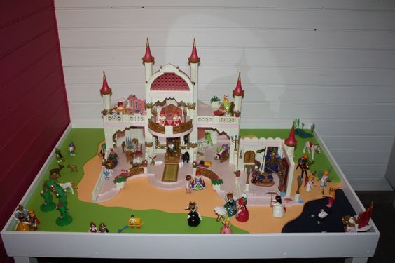 forums autres construire une table de jeux playmobil pour enfants mini cr ateurs d co. Black Bedroom Furniture Sets. Home Design Ideas
