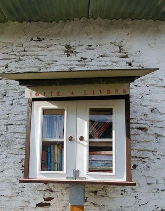 Boîte à livres Cowan Houffalize