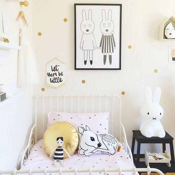 Con nuestros nuevos vinilos infantiles vas a decorar la habitación de los niños con un estilo muy chic. ~ The Little Club: