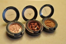 The How-To Gal: How-To: Fix Shattered Eyeshadow