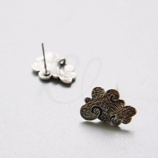Brass Base Earring Post - Cloud with Loop 18x12mm (9687Z)