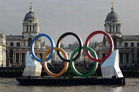 Resultados da Pesquisa de imagens do Google para http://www.jb.com.br/media/fotos/2012/07/23/627w/globo-leva-para-londres-equipe-com-tres-reporteres-enquanto-record-tem-2.jpg