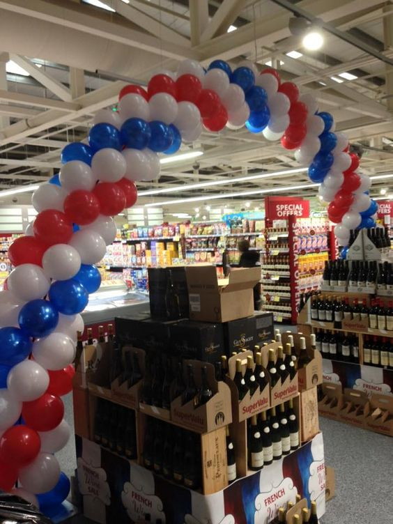 Balloon Arch for #french day in #Supervalu #France: