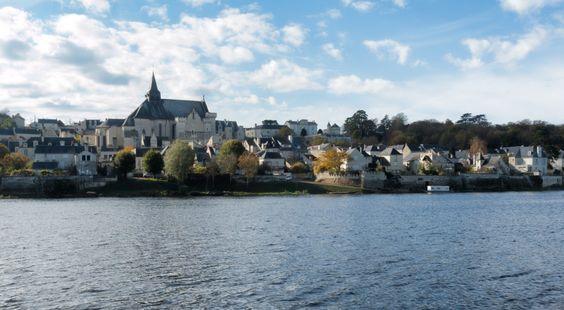 Candes Saint Martin, Indre et Loire http://www.my-loire-valley.com/2013/07/candes-saint-martin-ancien-port-peche-entre-vienne-loire/ #LoireValley