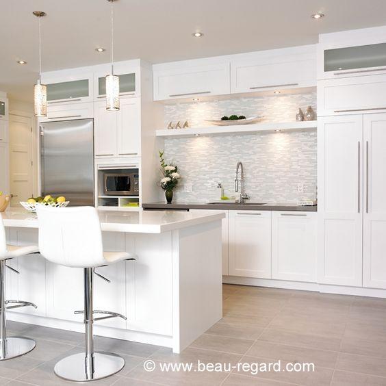 Armoires de cuisine blanches recherche google maison for Armoire de cuisine en pin