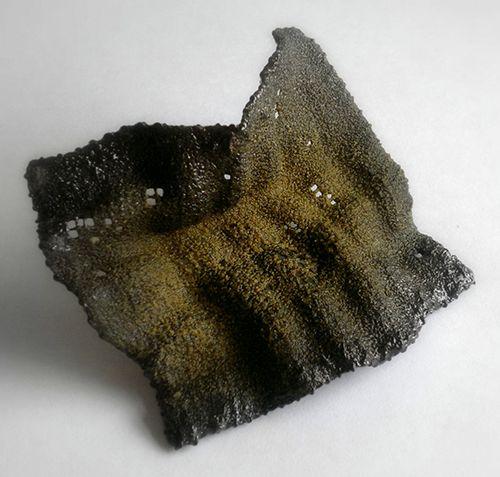 Iliana Tosheva Brooch: Untitled, 2014 Copper mesh, vitreous enamel 10 cm x 8 cm: