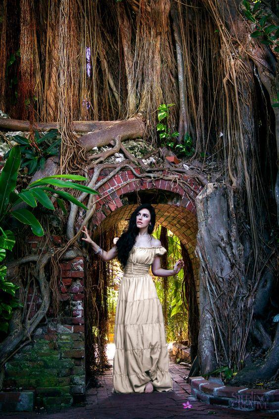 I-D-D Renaissance Peasant Wench Pirate Faire Women 's Gown Boho Hippie Sun Dress Cream  S/M by ReminisceShoppe on Etsy https://www.etsy.com/listing/242679935/i-d-d-renaissance-peasant-wench-pirate