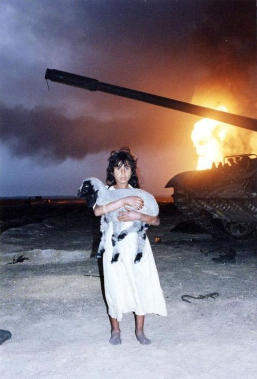 Bmashina A Kuwaiti Girl Her Lamb An Iraqi T 55 And A Burning Kuwaiti Kuwait Aesthetic Girl