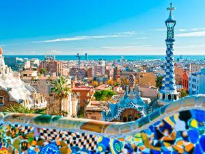 """""""El arquitecto del futuro se basará en la imitación de la naturaleza, porque es la forma más racional, duradera y económica de todos los métodos"""". Antoni Gaudí. Más frases suyas: http://www.muyinteresante.es/historia/articulo/siete-frases-geniales-de-gaudi-121372159044 #quotes #frases #Barcelona #Gaudi"""