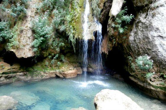 El nacedero del Urederra, uno de los parajes más hermosos de Navarra