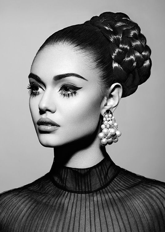 Vintage black white fashion editorial fashion photography inspirationfashion makeup