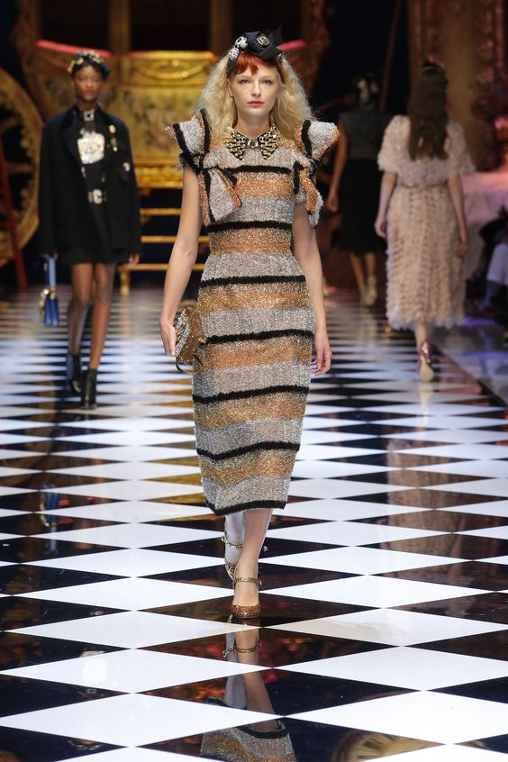Dolce&Gabbana Women's Fall/Winter 2016-17. #DGFabulousFantasy