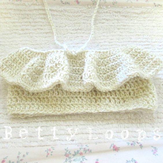 Up on my shop now. This top is absolutely stunning! #bettyloops #customcrochet #crochetaddict #etsy #etsyshop #supportsmallbusiness #shopsmall #etsyusa #etsyforall #etsyfavorites #etsyelite #etsyhunter #etsyspotlight #fringetop #croptop #summer2015 #handmade #shophandmade #oohlala #bandeautop #crochettop #babycrochet #summercrochet