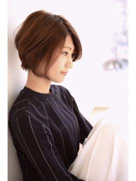 横顔潮田玲子さん