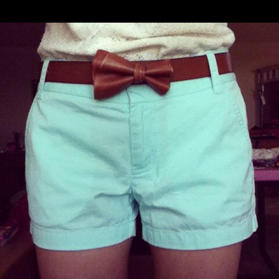 Love the shorts & belt