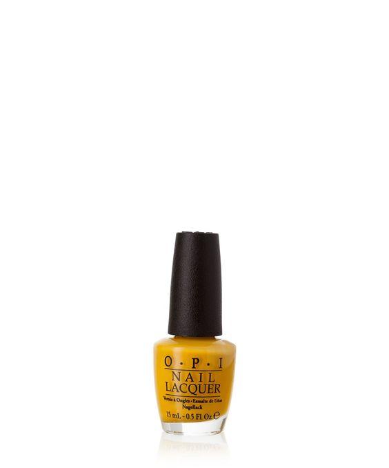 """Ein Hauch Sonnenschein: Dieses kräftige Gelb """"Need Sunglasses?"""" von O.P.I. bringt Farbe in deinen Herbst-Look."""