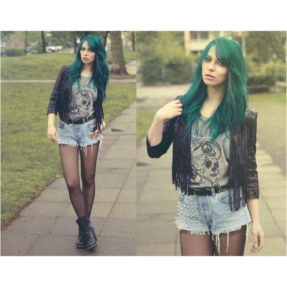 i want green hair.