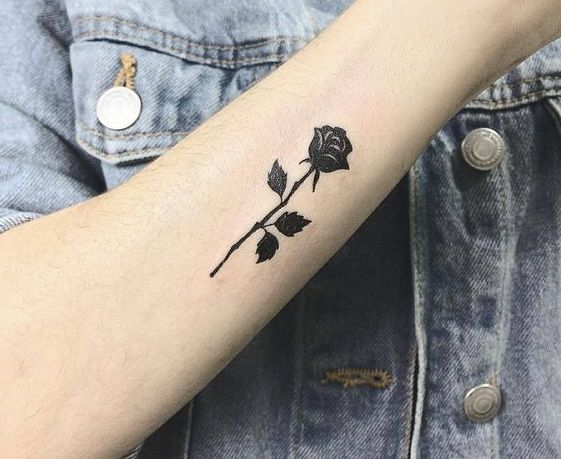 45 Small Black Rose Tattoo Ideas Small Rose Tattoo Black Rose Tattoos Red Rose Tattoo