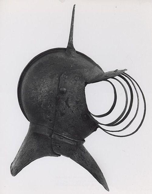 """Yelmo """"funerario"""" - Inglaterra - Siglo XVII - Art Institute of Chicago"""