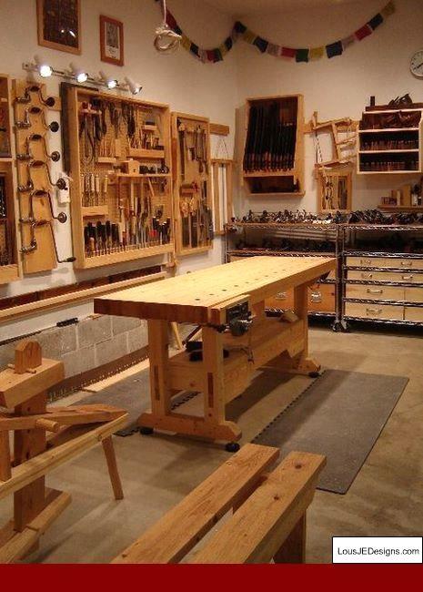 Garage Shop Ideas And Rent A Garage Workshop Near Me Tips 79395614 Garageworkshop Workshopi Woodworking Shop Layout Easy Woodworking Projects Workshop Layout