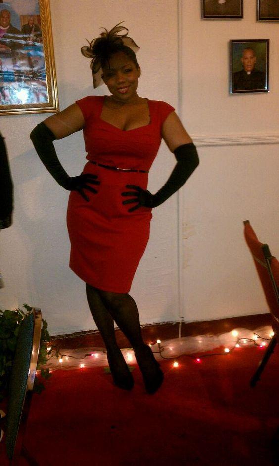 Love her curvs!