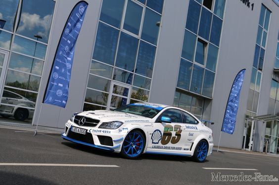 David Coulthard & Jean Alesi fahren die 2016 GUMBALL 3000: Drive for Good: 2015 Mercedes-Benz C63 AMG Black Series (C204) - Fotostrecke - Mercedes-Fans - Das Magazin für Mercedes-Benz-Enthusiasten