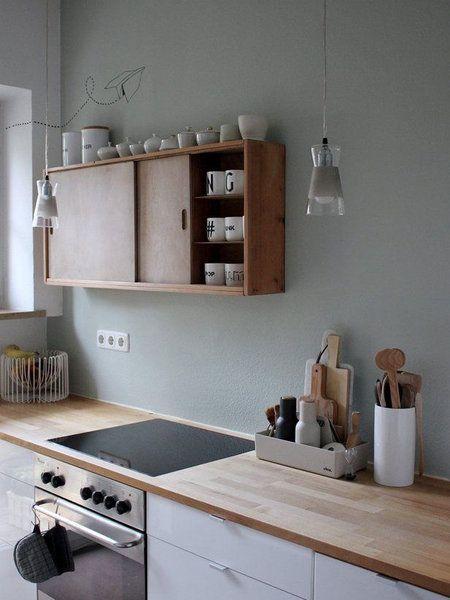 Die Trendfarbe Salbei In Ihren Schonsten Facetten Holzarbeitsplatte Wandfarbe Kuche Und Kuche Farbe