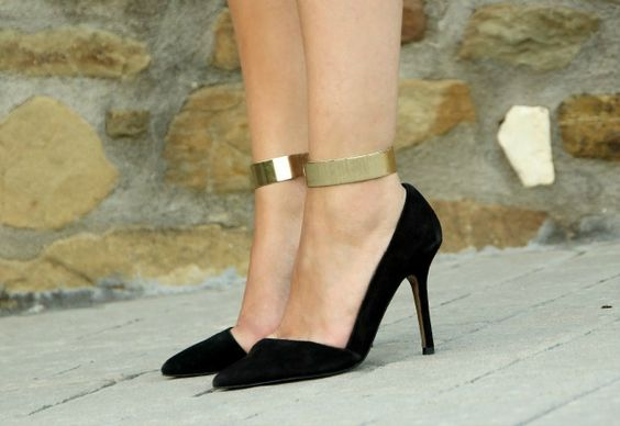 beautiful heels with metal ankle cuff~