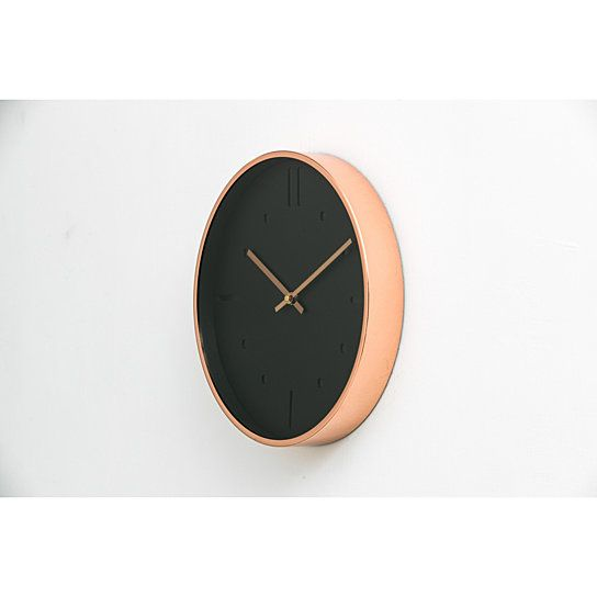 This Beautiful Luxury Modern Clock Is Designed In A Scandinavian Simple Style That Compliments Your Home Decor And Vanity Its Style F With Images Modern Scandinavian Design
