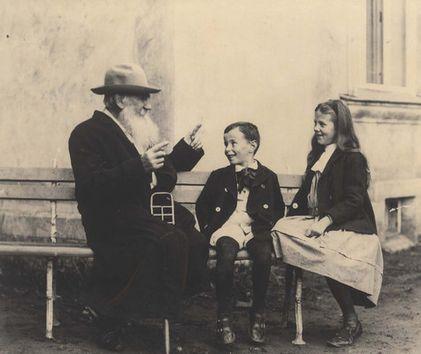 Leo Tolstoy por Sofía Andreevna Tolstaia'.
