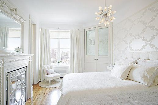 I love all white rooms:
