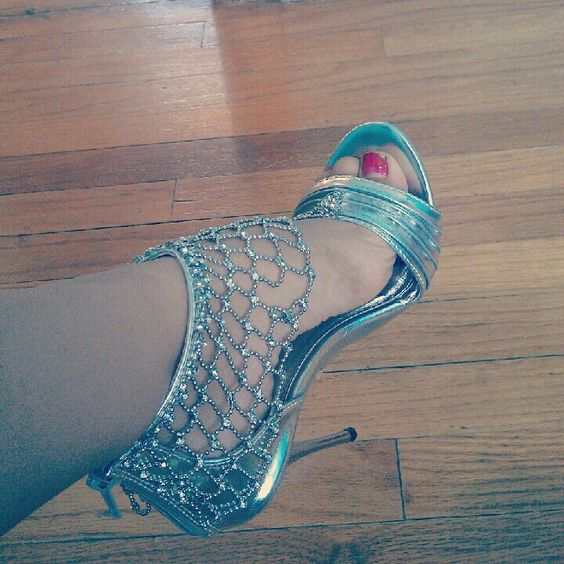 stunning turquoise heels prom shoes prom
