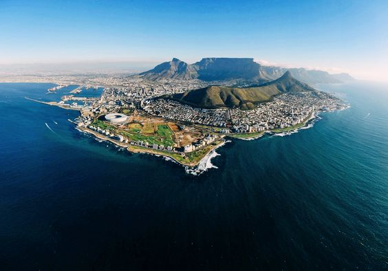 The Local's Guide: 10 Exciting Restaurants To Try In Cape Town, South Africa