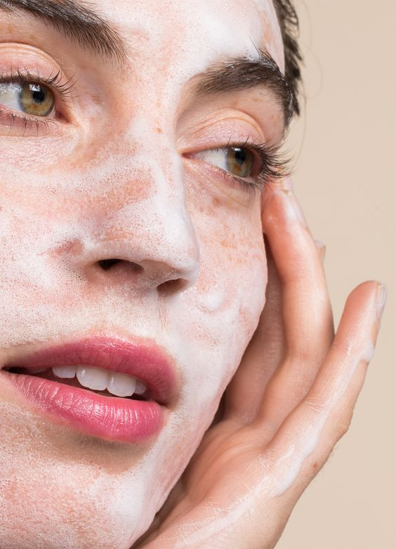 We personalize skincare to create a positive impact in people's lives. Through customized facials, products routines, and skincare advice, we're here to help you put your best face forward.