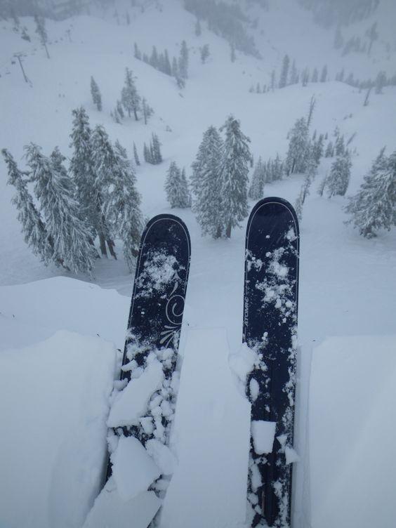 Dropping in 3, 2,1  #snow #ski