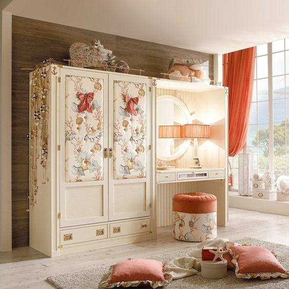 Spectacular Charmenter Kleiderschrank im M dchenzimmer Kids room Pinterest M dchenzimmer Kinderzimmer gestalten und Kleiderschr nke
