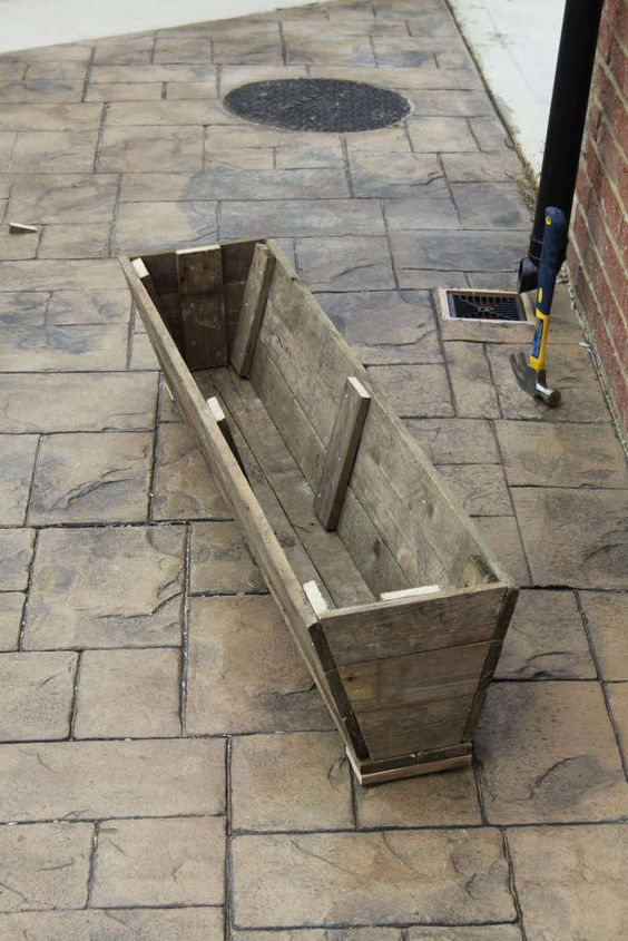 Reclaimed planters planters stamps and trough planters for Planters made out of pallets
