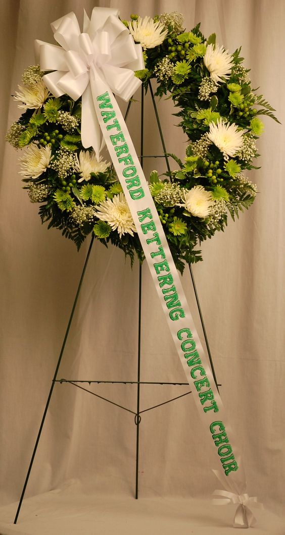 A Wreath for Waterford Kettering Concert Choir