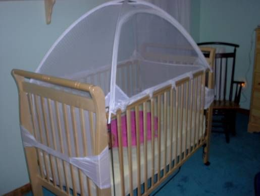 Cribs little ones and tent on pinterest for Diy baby crib canopy