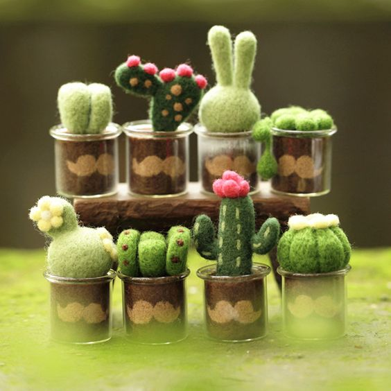 Mini Plants toys vs Zombies wool felt Cactus Pots DIY doll bjd toy (material package)