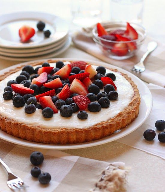 Red, White, and Blueberry Tart from @Amanda | The Cilantropist
