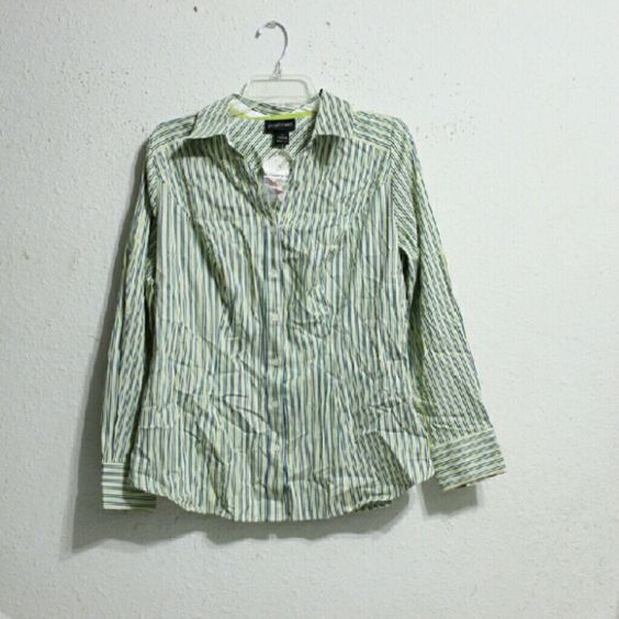 NWT Lane Bryant Blouse Size 18 please see last pic for info Lane Bryant Tops Button Down Shirts