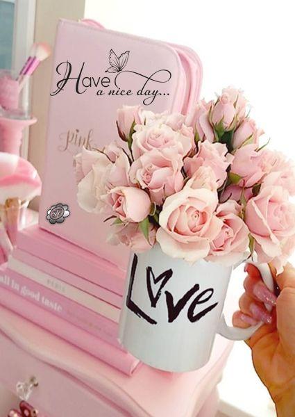 Bom Dia!!  Quando se tem um amor. Qualquer lugar  é o melhor lugar do mundo. Seja aonde for...  __Sophia Vargas ♥   05/01/2010